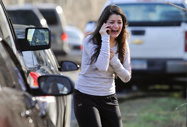 27 dead in Conn. school shooting
