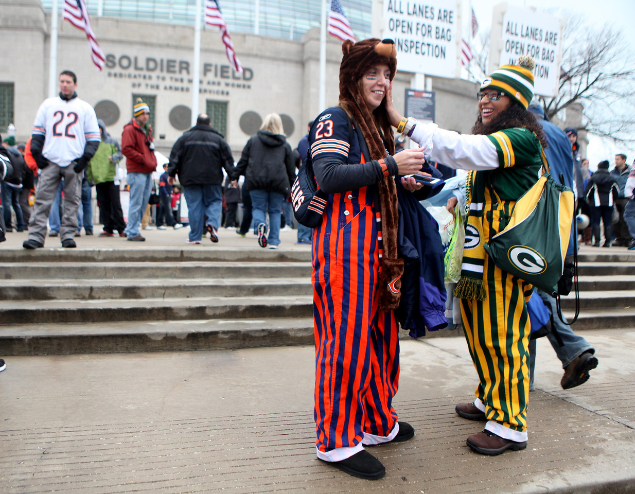 Chicago Bears and Green Bay Packers fans arrive at Soldier Field for Sunday's game.(Sandy Bressner photo)