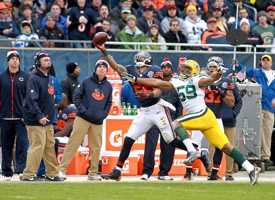 Chicago  Bears running back Matt Forte fails to complete a pass in the first half of their 21-13 loss to the Green Bay Packers at Soldier Field Sunday.(Sandy Bressner photo)