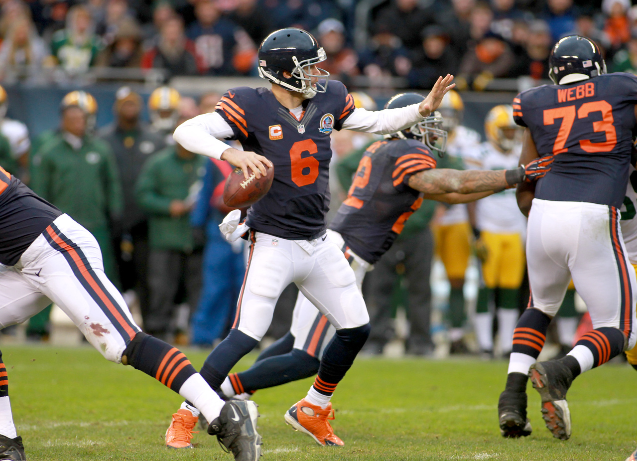 Bears quarterback Jay Cutler passes the ball in the fourth quarter of their 21-13 loss to the Green Bay Packers at Soldier Field Sunday.(Sandy Bressner photo)