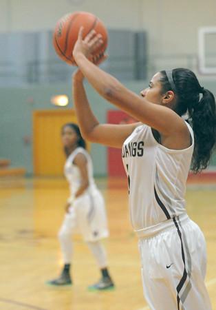 Leyden at Morton girls basketball