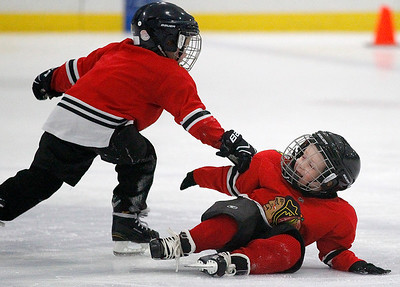 hnews_fri1204_Hockey_Kids_04