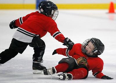 hnews_fri1204_Hockey_Kids_04