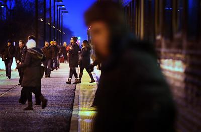 hnews_adv_Metra_Commuters_01