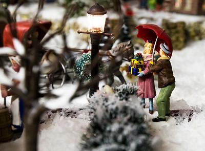 hstyle_adv_Christmas_Village_5.jpg