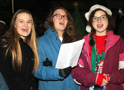 LCJ_1207_Wauc_Tree_Lighting_G