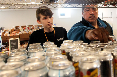LCJ_1214_lv_food_pantry14