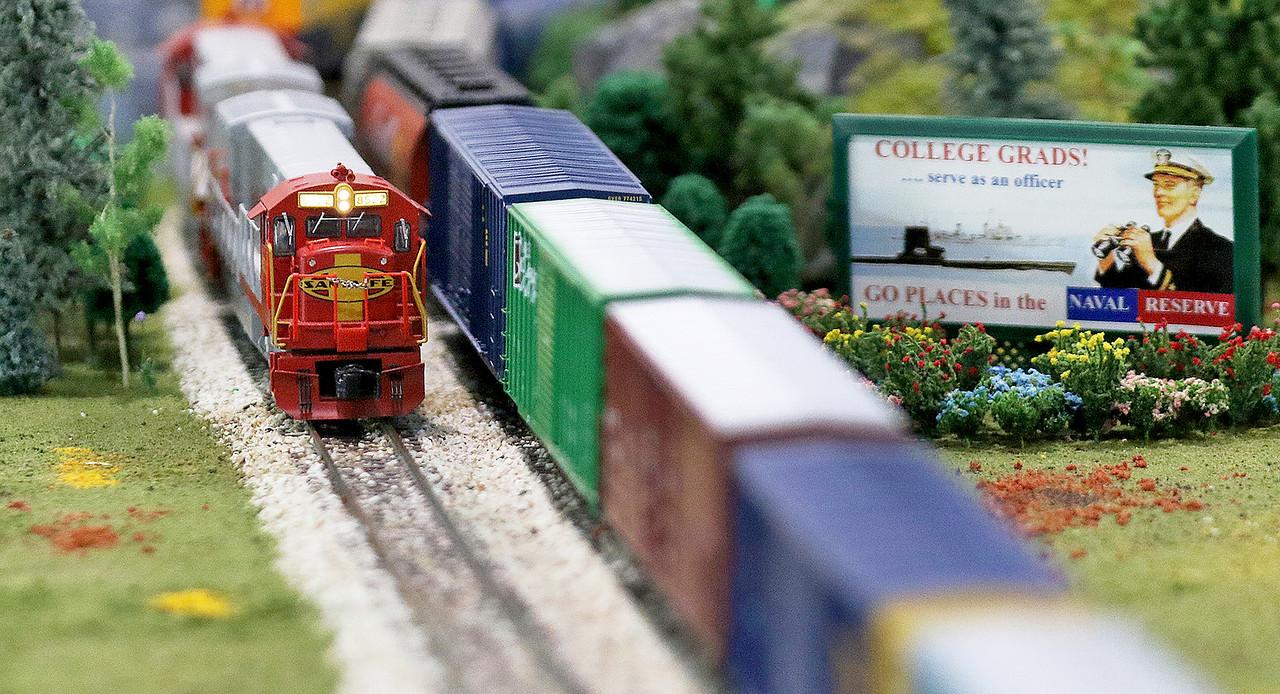 LCJ_104_Glk_Great_Train_Show_H