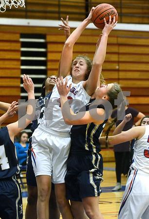 IC Catholic at Glenbard South girls basketball