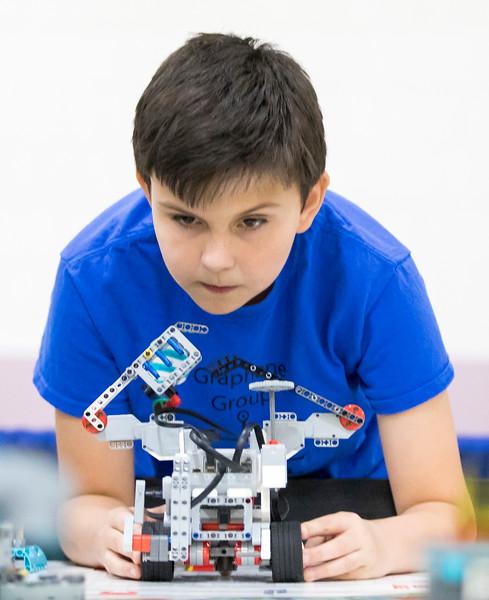 hnews_sun1210_Lego_Robot_01.jpg