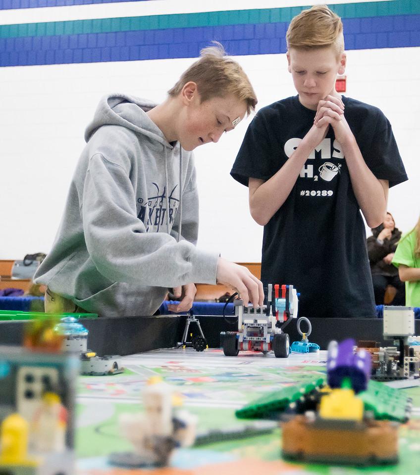 hnews_sun1210_Lego_Robot_03.jpg