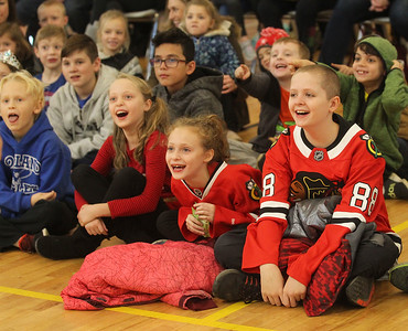 Candace H. Johnson-For Shaw Media Children enjoy the Winter Break Holiday Magic Show with the Magic of Gary Kantor at the Lindenhurst Park District Lippert Community Center. (12/27/19)
