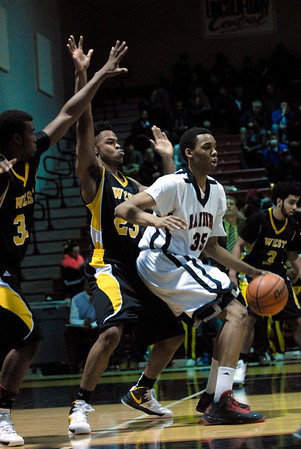 Bolingbrook vs. Joliet West boys bball