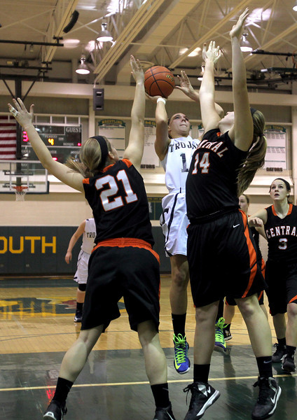 Cary-Grove over Crystal Lake Central 47-24