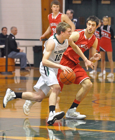 Hinsdale Central at Glenbard West boys basketball