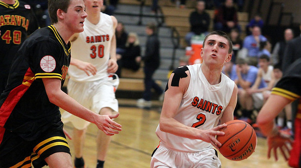 St. Charles East's Dom Adduci looks for a shot during Saturday's game against visiting Batavia. (Jeff Krage photo for the Kane County Chronicle)