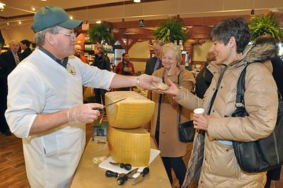 Glen Ellyn Fresh Market opens
