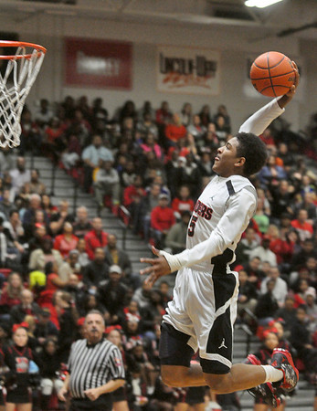 Homewood-Flossmoor at Bolingbrook boys basketball