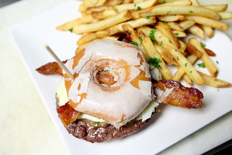 kfea_thu_205_planit_burgers4