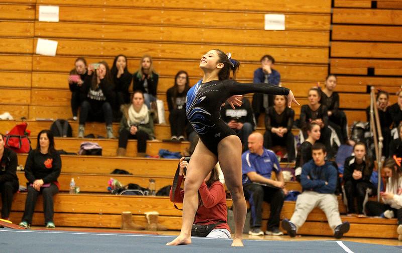 kspts_fri_220_gymnasticsstatepre3