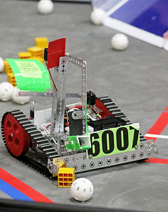 hnews_sun0214_FIRST_Robotics_04