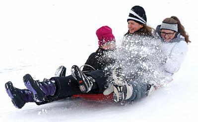 hnews_tue216_snow_fun