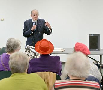 Former Berwyn resident Gene Doretti, who worked for many years for WGN, spoke Saturday at the Berwyn Public Library.