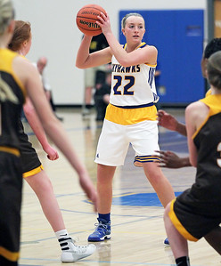 Candace H. Johnson-For Shaw Media Johnsburg's Heather Arden looks to pass against Carmel in the first quarter during the Class 3A sectional semifinal game at Johnsburg High School.