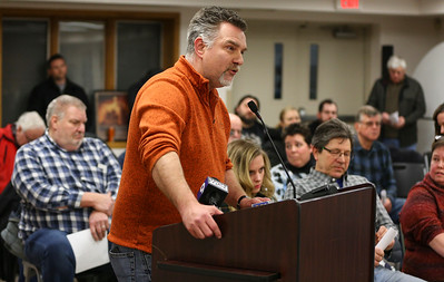 Algonquin Township Board of Trustees debate salt bill