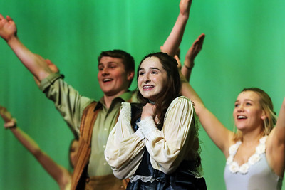 hnews_0221_Tuck_Everlasting