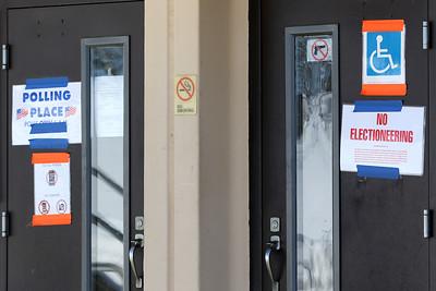 hnews_0209_Political_Signage