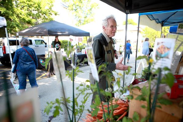 knews_thu_615_STC_FarmersMarket3