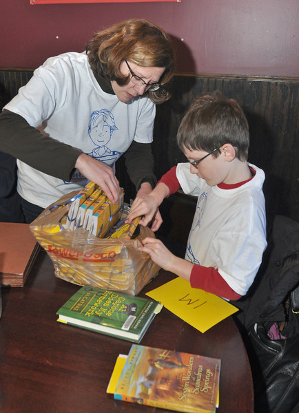 Fairmount School launches One Book, One School