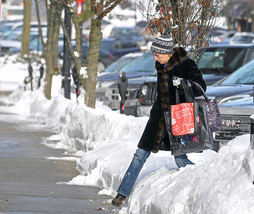 Hinsdale temperature hits teens