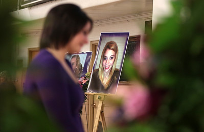 Hnews_Mon_0111_Andi_Swenson_Funeral_7.jpg