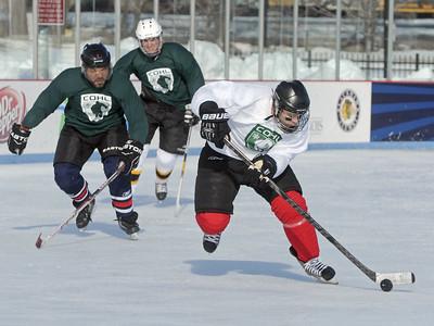 Hockey at Bobby Hull rink