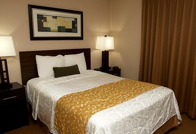 hBIZ_sun0131_Waterfront_Hotel_04