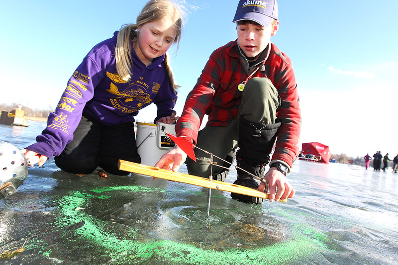 LCJ_0201 Wau_fishing_derby03