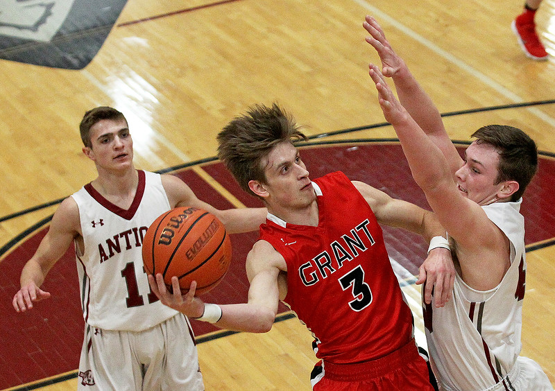 LCJ_0201_bball_Ant_Grant02