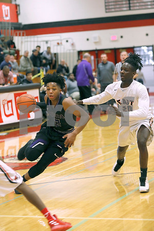 The Glenbard East boys basketball team fell to Downers Grove North 67-45 at Glenbard East High School in Lombard over the weekend.