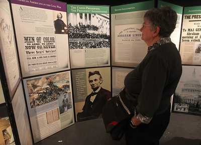 Candace H. Johnson-For Shaw Media Ellen Roberts, of Libertyville looks at the free pop-up exhibit of President Abraham Lincoln on display at the Jack Benny Center for the Arts Theatre in Waukegan. The exhibit will be on display through January 19th. (1/6/19)