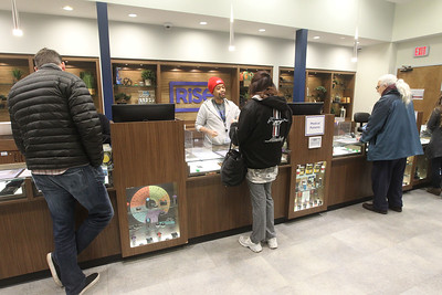 Candace H. Johnson-For Shaw Media Patient Care Specialists help guests choose cannabis products at Rise Mundelein on Armour Blvd. in Mundelein.  (1/7/19)