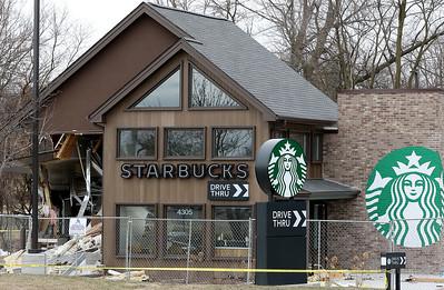 hnews_0117_Starbucks_Follow