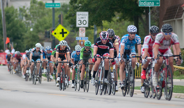 The final race of the first annual Prairie State Cycling Series Criterium makes its way down Riverside Avenue in St. Charles Sunday afternoon.