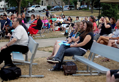 "Sarah Nader - snader@shawmedia.com The park was crowded to watch the Riverview Theatre Company's presentation of ""The Merry Wives of Windsor"" at Shakespear in the Park Veteran's Memorial Park in McHenry on Wednesday, July 18, 2012."