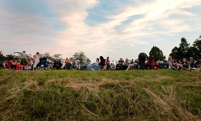 Kyle Grillot - kgrillot@shawmedia.com  Specatators settle in at Emricson Park in Woodstock before the start of the fireworks display.