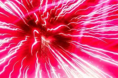 Hnews_fri_0704_Fireworks_Cary_9.jpg