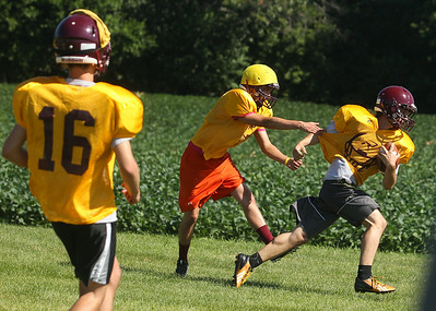 hspts_adv_RB_Football_Practice6.jpg
