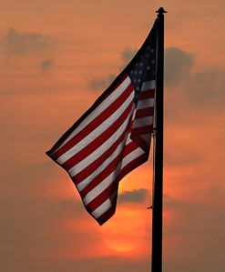 hnews_adv_Sunset_Flag