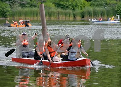Glen Ellyn Park District's hosted the 23rd annual Lake Ellyn Cardboard Regatta